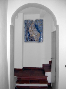 Particolare della scalinata con Opera d'Arte